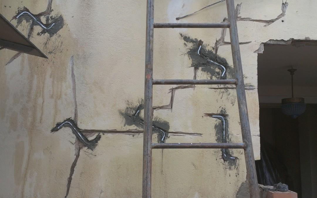 Reparar grietas con grapas de acero inoxidable