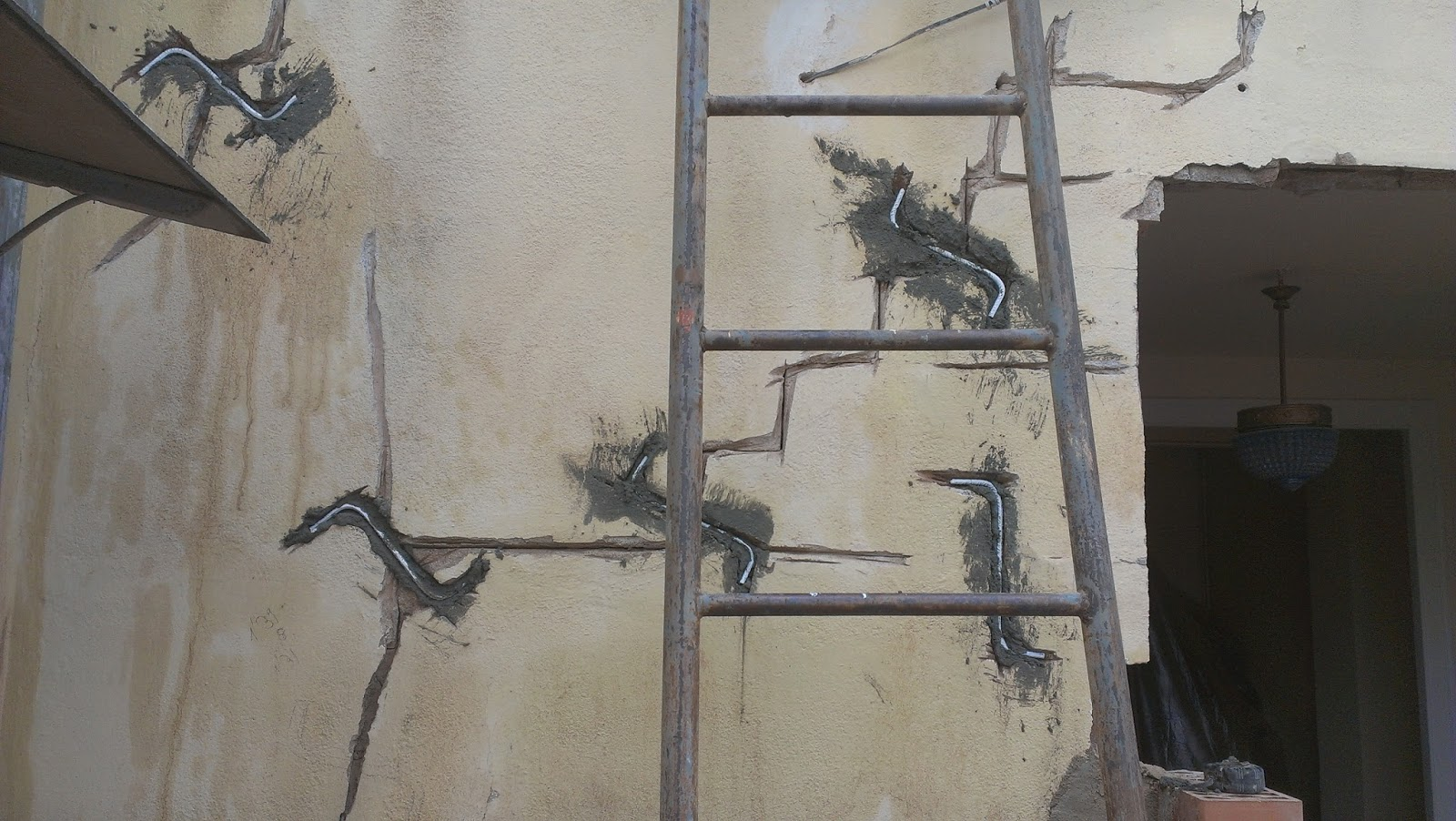 Reparar grietas con grapas de acero inoxidable belinox - Reparar grietas pared ...